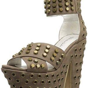 Michael Antonio Tyrus Taupe High Heel Shoes